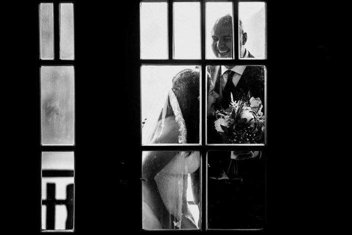 Unbeobachtet Brautpaarbild